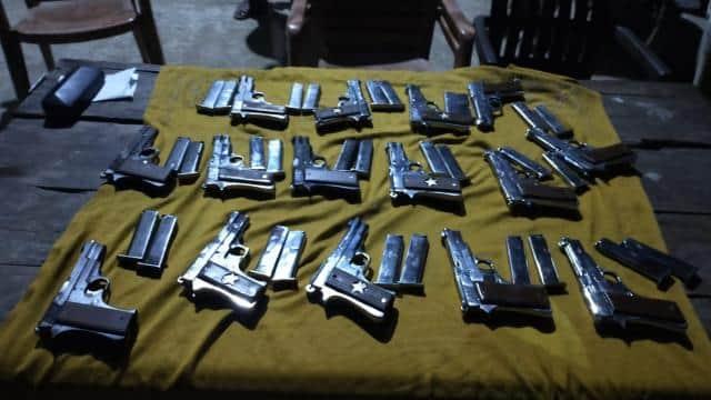 नवगछिया : गन फैक्ट्री पर छापा, हथियार खरीदने पहुंचे 7 अपराधी भी धराए