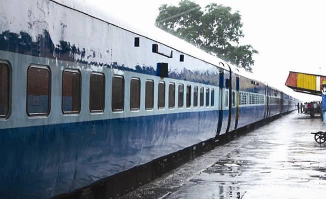 भागलपुर के यात्रीगण ध्यान दे.. तीन अगस्त को बदले समय पर चलेगी आनंद विहार-मालदा समर स्पेशल